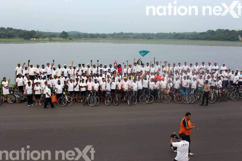 250 peace promoters cycled for peace and harmony in Nagpur on the International Peace Day today