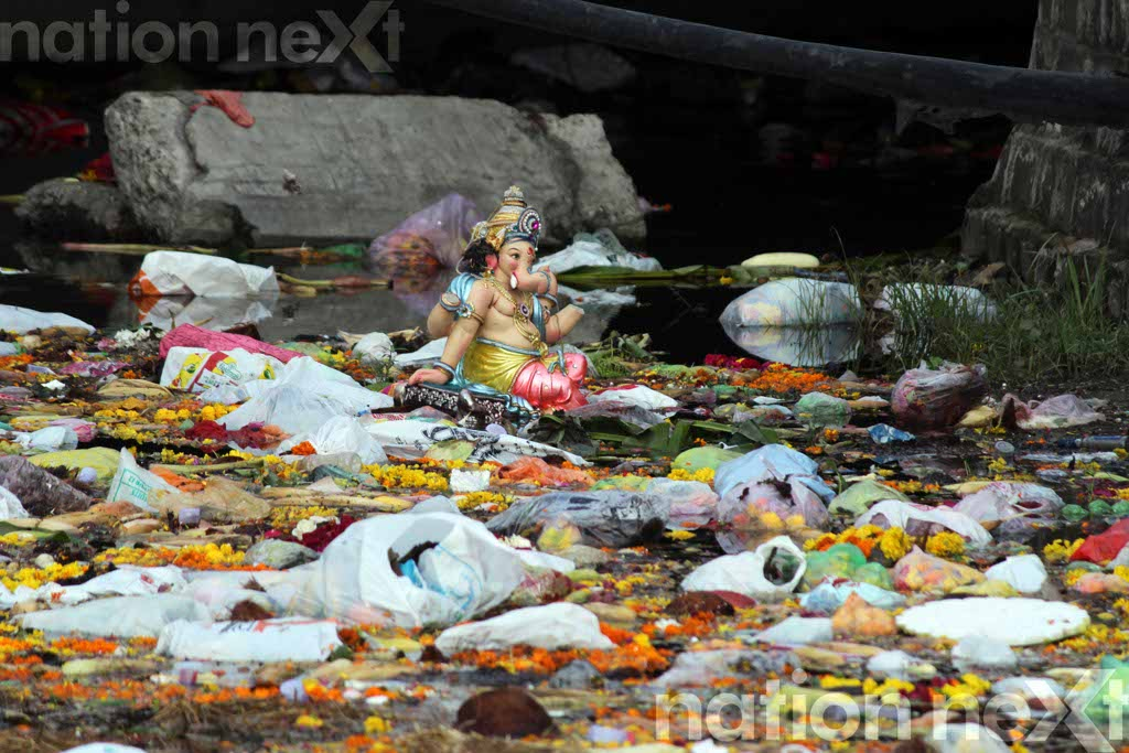 Full of filth: That's how Nagpur's favourite Futala looks the morning after of Ganapati Visarjan