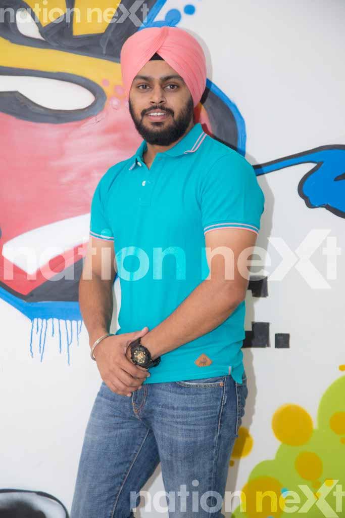 Chanchal Jabs - Kartik Thakur