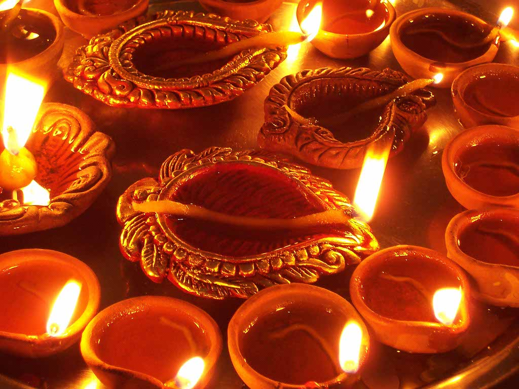 Must read mythological stories about Diwali festival!
