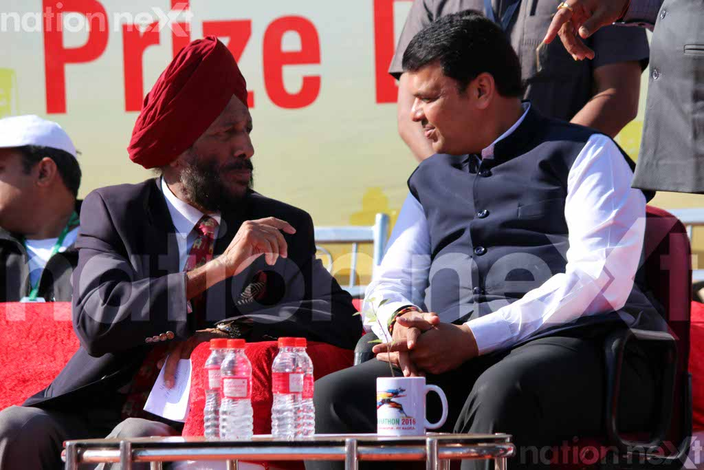Nagpurians turnout in huge numbers for marathon with Milkha Singh as its chief guest