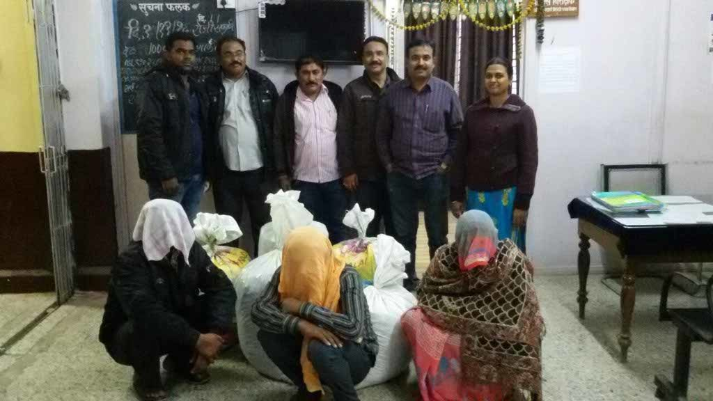 Acting on a tip off Nagpur crime branch has seized 121 kgs and 600 grams of marijuana from an isolated flat Bhagwan Nagar, Nagpur.