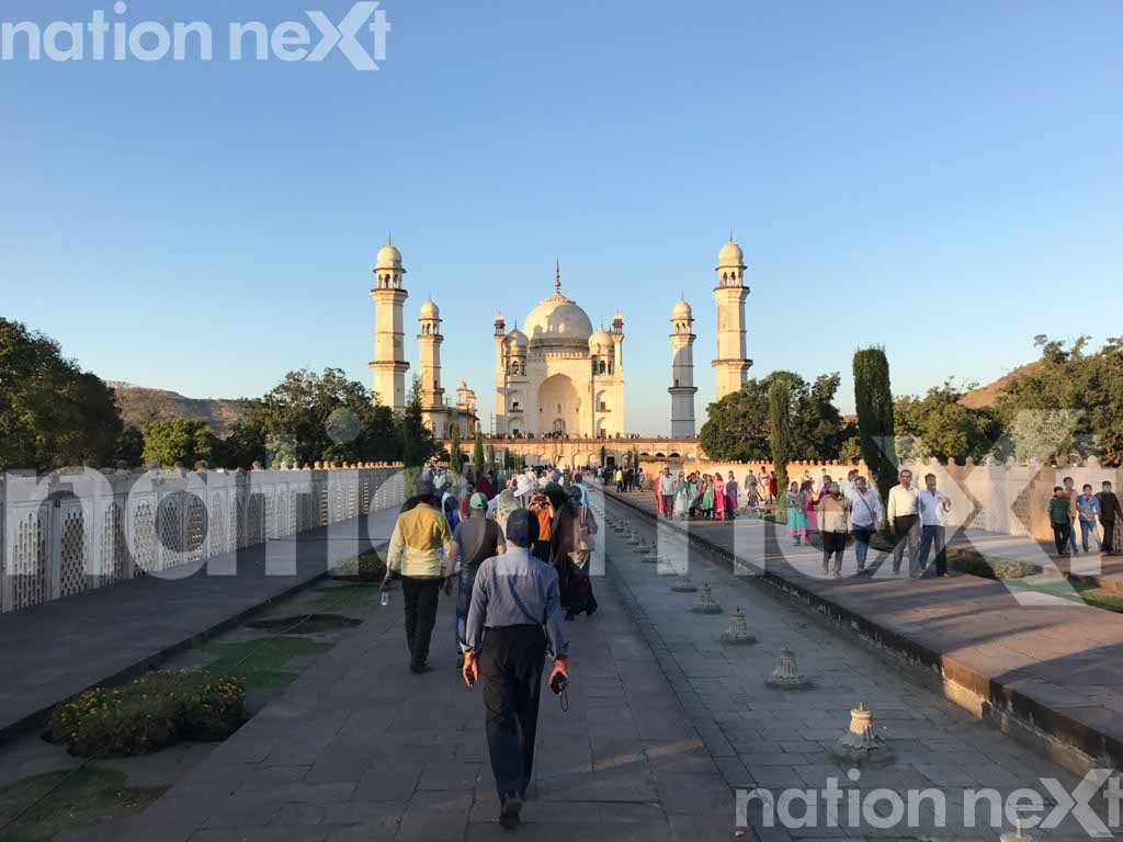 Bibi-Ka-Maqbara mausoleum in Aurangabad was built in 1678 by Mughal Emperor Aurangazeb's son Azam Shah in the memory of his mother Rabia-ud-Daurani.