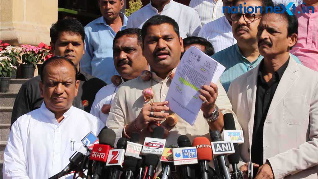 Maharashtra Government even neglected Nitin Gadkari's request to help onion farmers: Dhananjay Munde