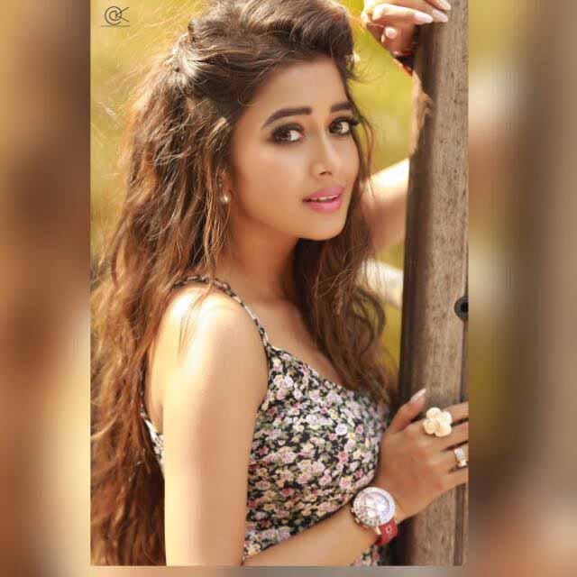 Uttaran fame actress Tinaa Dattaa molested on Jet Airways flight