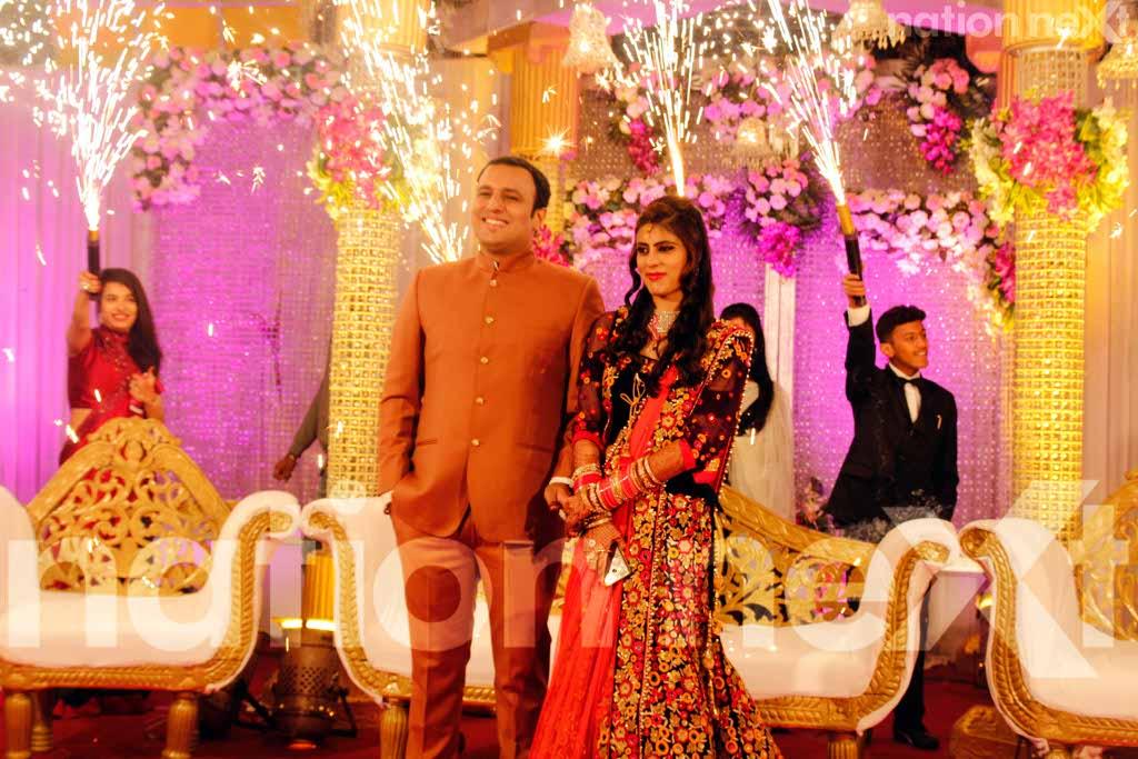 Ankit and Bhanu Dewani's wedding reception was a simple yet stylish affair!