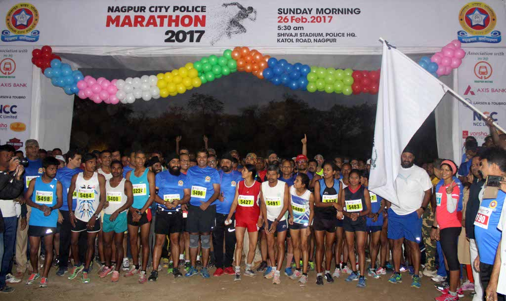 More than 10,000 Nagpurians run for safety at Nagpur City Police Marathon 2017