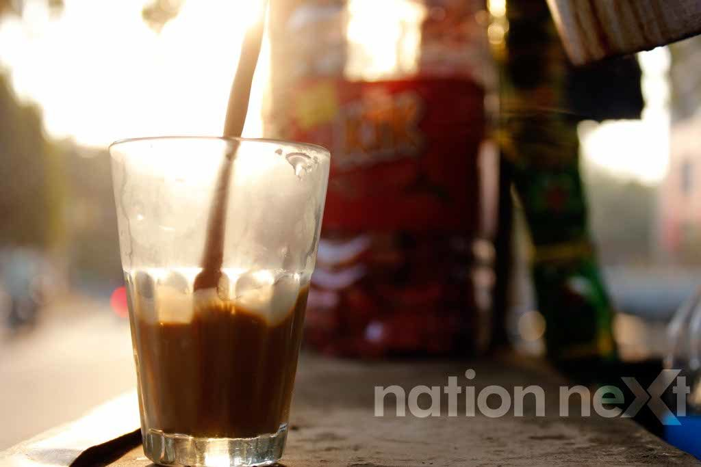 Nation Next tells you about some chaiwalas of Nagpur who with their distinctive style and irresistible tea have become very popular over the years!