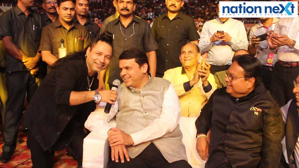 Lokmat group recently organised the 4th Sur Jyotsna National Music Awards at Divisional Sports Complex, Indoor Stadium, Mankapur, Nagpur.