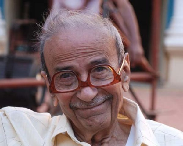 Noted Indian columnist, Taarak Mehta, passed away today morning in Ahmedabad. The renowned writer, who was 87, was suffering from a prolonged illness.