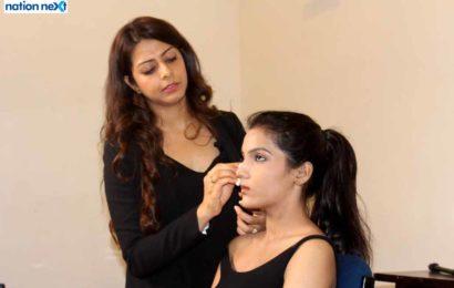 Celebrity makeup artist Varssha Sugandh Tilokani conducts a 'Personal Makeup Master Class' for Nagpurians