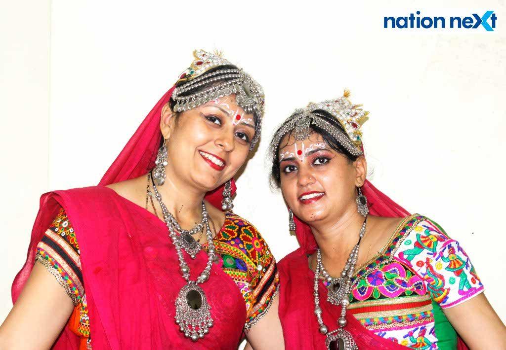 08-10-17-Bhakti Thakral and Viral Thakral-Gujrati Samaj Garba-Gujrat Bhawan-Himanshu Pal (2)