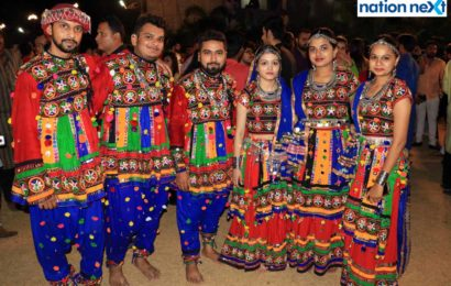 Garba enthusiasts were spotted having a rocking time at last day of Sankalp Dhamaal Dandiya organised at The Celebration Lawn, Kamptee Road, Nagpur.