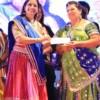 Trupti Kamdar giving away an award at Dhamaal Dandiya by Sankalp