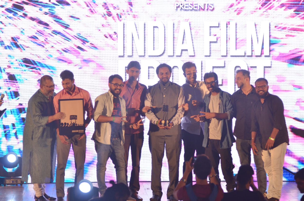 A filmmaking team from Nagpur made the city proud by winning two awards for its short films at the India Film Project Season 7 held at Nehru Centre, Mumbai.