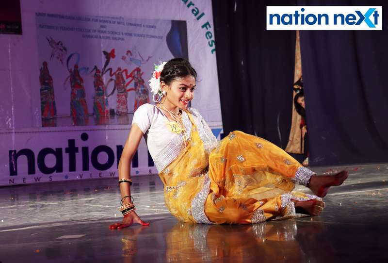 Rashi Ghugare during her performance at LAD College's cultural fest 'Aura' held in Nagpur