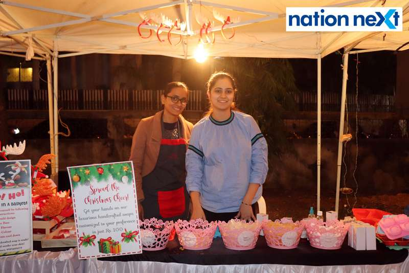 Sweety Uikey and Kangan Dhawan at the La Carniesta flea market organised by Parindey Youth Foundation in Nagpur