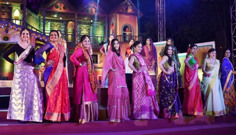 Students of PG department of fashion design at LAD College slayed the fashion show along with 12 differently-abled students of SVK Sanstha in Nagpur.