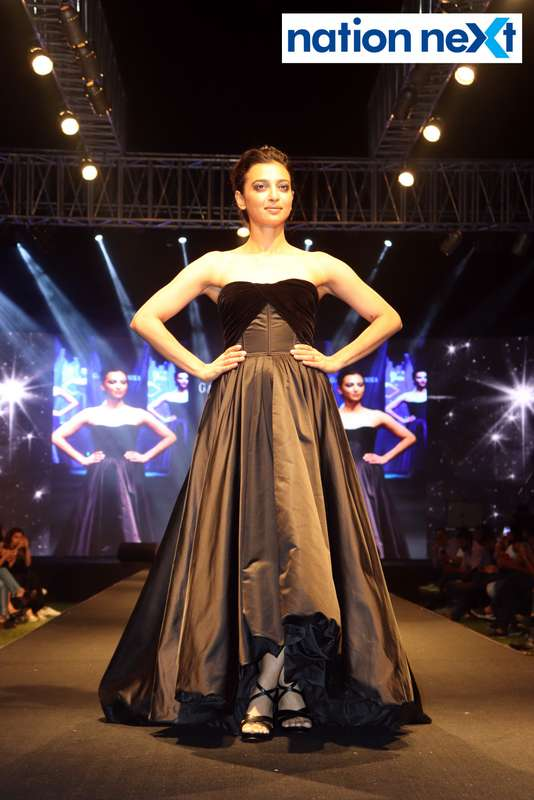 Actress Radhika Apte walks the ramp at Blenders Pride Magical Nights held at CP Club in Nagpur