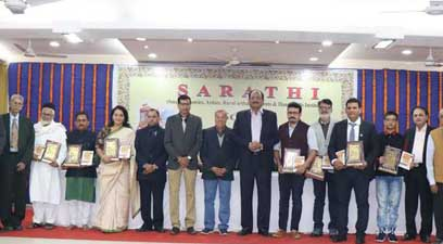 SARATHI to commemorate its 28th anniversary recently organised a felicitation function 'Scroll of Honour' at Kusumtai Wankhede Hall in Nagpur.