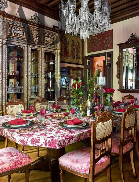 As Sabyasachi Mukherjee commomorates 20 years in the fashion industry, Nation Next gives you a pictorial tour of his Kolkata residence.