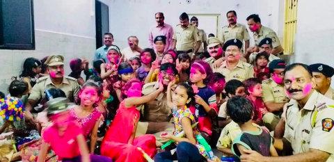 Nagpur Police brought smiles to kids at Sir Kasturchand Daga Bal Sadan Kamptee orphanage by celebrating Holi together at Kamptee yesterday.