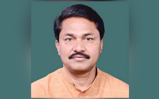 Senior Congress leader Nana Patole is all set to contest Lok Sabha elections against Union Minister Nitin Gadkari from Nagpur in the upcoming 2019 polls .