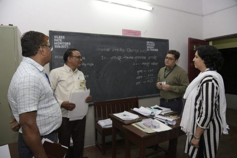 Preparations for the Lok Sabha elections in Nagpur are underway as the Election Commission has set up polling booths across various schools and colleges.