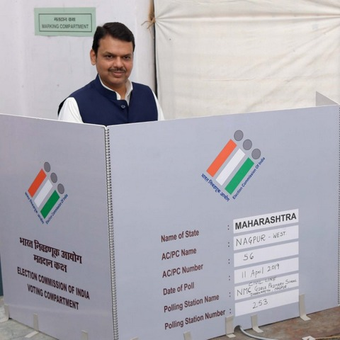 In pics: BJP leader Nitin Gadkari, CM Devendra Fadnavis, Congress leader Nana Patole and several senior leaders of Nagpur cast their votes in Nagpur today.