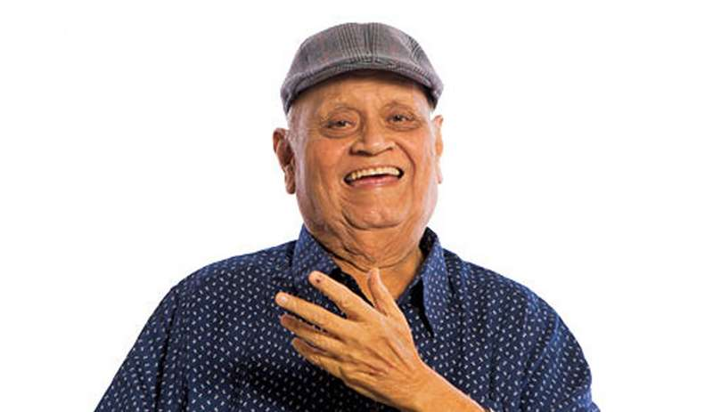 Veteran actor and comedian Dinyar Contractor, who acted in popular films like Baadshah, Khiladi, etc., passed away at the age of 79 on Wednesday in Mumbai.