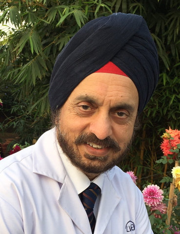 Her Majesty Queen Elizabeth of UK conferred Dr Harminder Singh Dua from Nagpur, with the royal title of Commander of the Order of the British Empire (CBE).