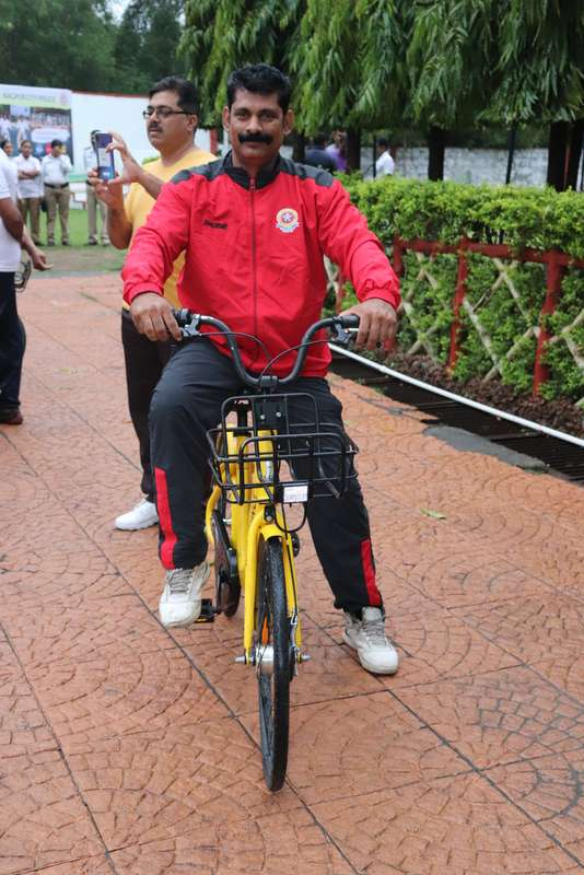 Dharmendra Singh Thakur Cops during 'Cyclotsav' organised by Nagpur Police