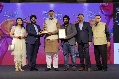 Nagpur's renowned hotel 'Hotel Centre Point' bagged the 'Best MICE (Meeting Incentives Conferences Exhibition) Hotel in City' award.