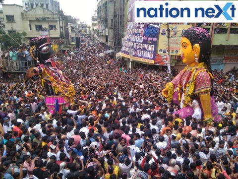 Devotees in Nagpur celebrated Marbat with great fervour today afternoon by burning effigies of a man with placards of anti Pakistan slogans on it.