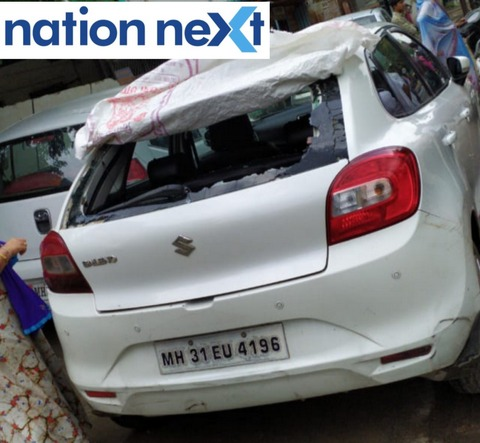 Residents of Mohan Nagar at Sadar in Nagpur, got in a tizzy after the glasses of four cars were left in a smashed condition on Saturday early morning.