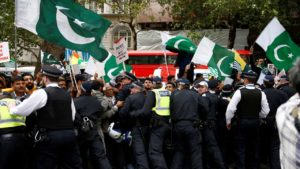 Pakistani protesters outside Indian High Commission in London on Aug 15, 2019.
