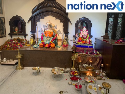 Union Minister Nitin Gadkari welcomed Lord Ganesha today morning with great fervour along with his family members at his Nagpur residence 'Bhakti.'