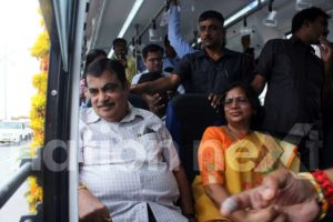 Union Minister Nitin Gadkari and Nagpur Mayor Nanda Jichkar while travelling in Nagpur Municipal Corporation's electric bus 'Tejaswini.' (Photo by: Bhavesh Mahalle)