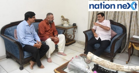 Bollywood actor Sanjay Dutt paid a courtesy visit at Union Minister Nitin Gadkari's residence in Nagpur 'Bhakti' on Sunday.