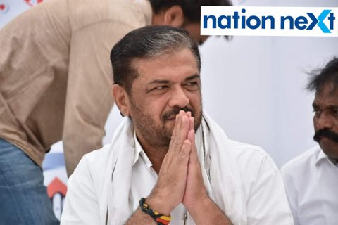 NCP leader Anil Deshmukh and Congress leader Sunil Kedaron Friday submitted their respective nomination papers from Katol and Saoner constituency.
