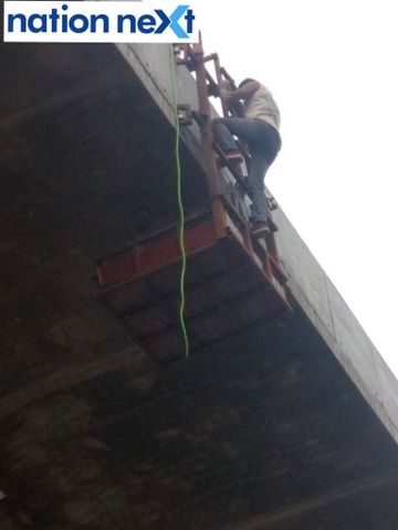 A worker near Poonam Chambers in Nagpur was seen working at a height without any safety equipment including harness today evening.