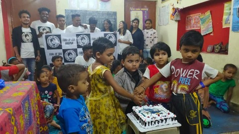 Nagpur's die-hard fan group of Bollywood actor Shah Rukh Khan celebrated his 54th birthday along with underprivilege kids yesterday.