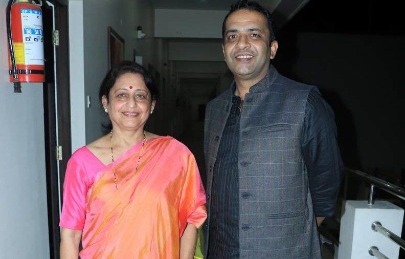 Ramon Magsaysay award winner (2015) Anshu Gupta graced SOHAM – the home for senior citizens – for its 1st anniversary celebrations on December 1 in Nagpur.