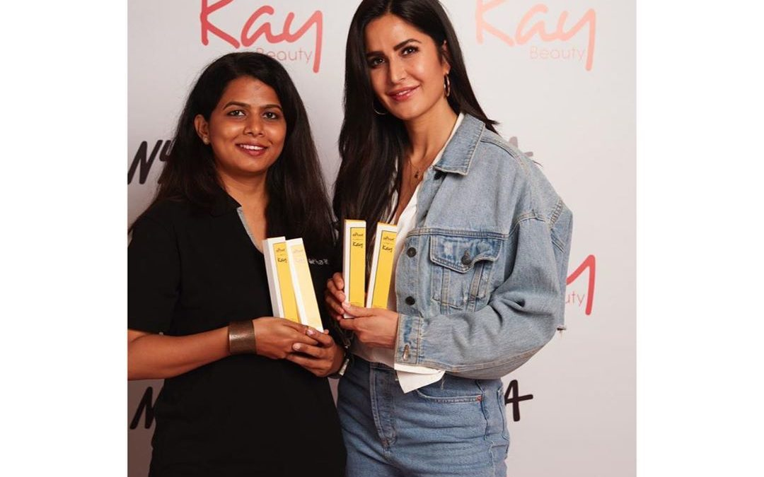 Katrina Kaif collaborated with De'Haat, which works for employing women from rural areas of Pauni and Ganeshpur in Bhandara.