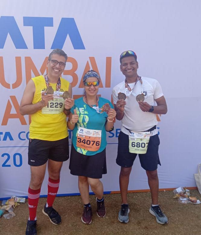 Jetane and Nishita Gopawani with Ashish Agrawal at Tata Mumbai Marathon