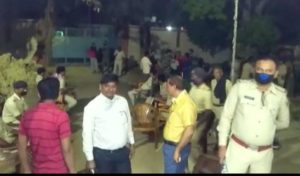 Police personnel, who went to check for Tablighi Jamatis at a mosque in Bihar on Tuesday, were attacked by local residents, who pelted stones at the cops.