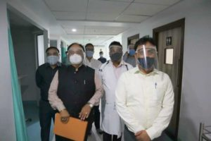 Div. Commissioner Dr Sanjeev Kumar visited Kingsway Hospital in Nagpur, where he reviewed the ventilator training program organised in the wake of COVID-19.