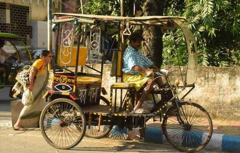 An e- rickshaw puller Amar Debnath suffering from polio in Assam distributed food items to needy during COVID-19 lockdown with his savings of two years.