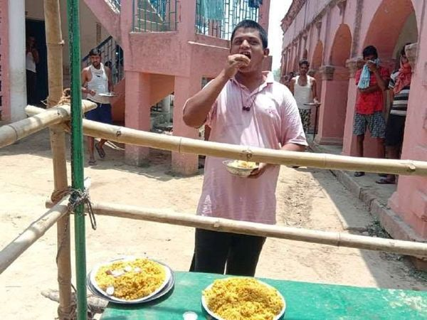 Anup Ojha, who had returned from Rajasthan and was quarantined in Buxar, Bihar left people around him speechless, thanks to his insatiable appetite.