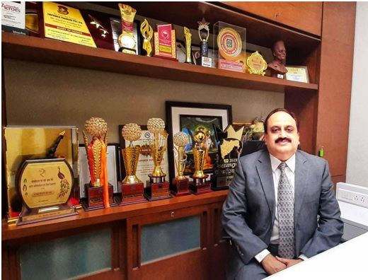 Director at VICCO Sanjeev Pendharkar is soon set to start an online course for existing as well as aspiring entrepreneurs.